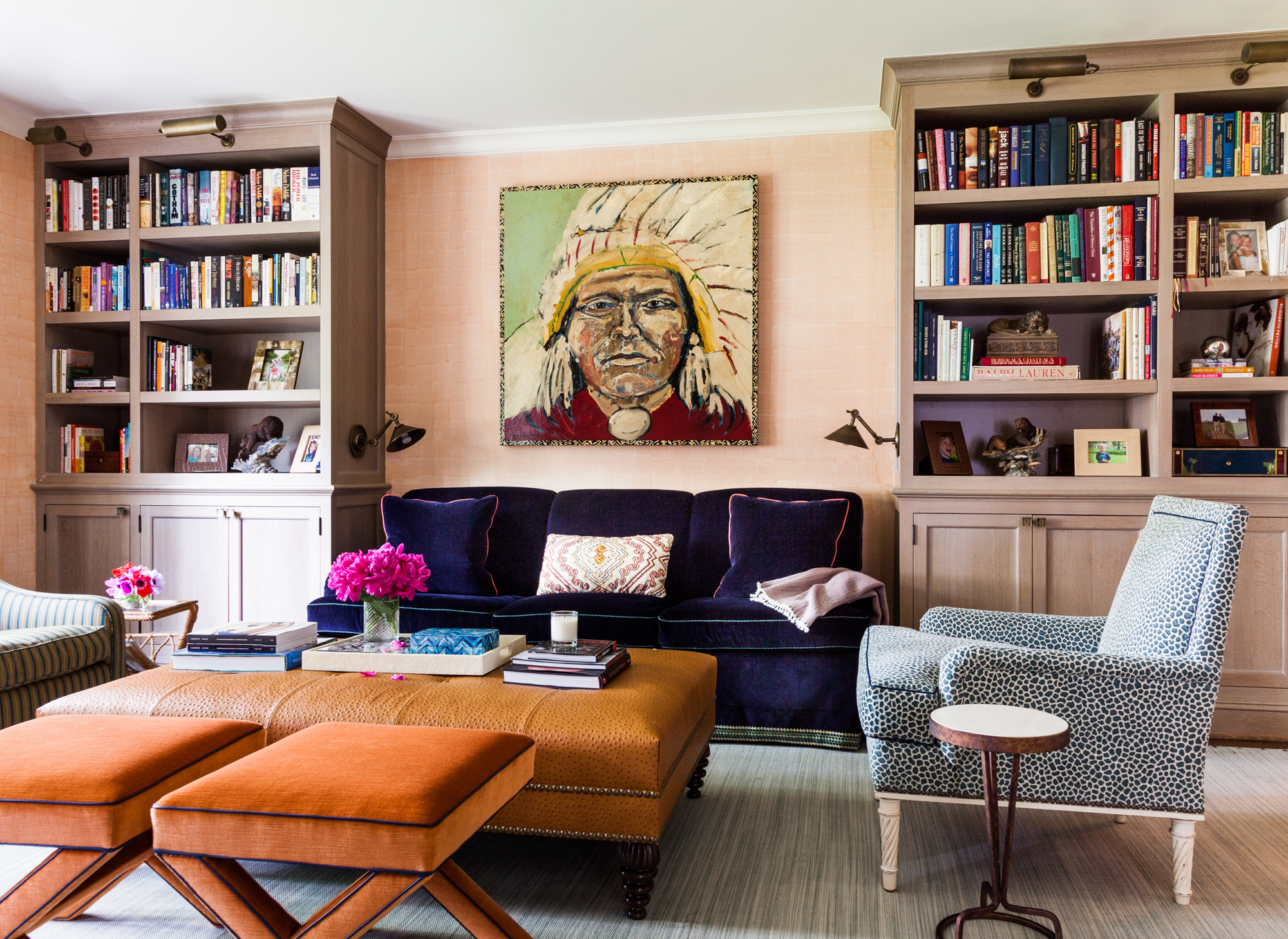 Image of: 6 Well Accessorized Mid Century Modern Living Rooms 2 Essential Home Mid Century Furniture