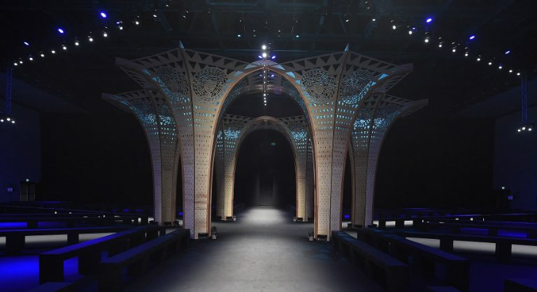 Hylemo Hylemo erects plywood columns for Versace's autumn winter show cover 11 768x418