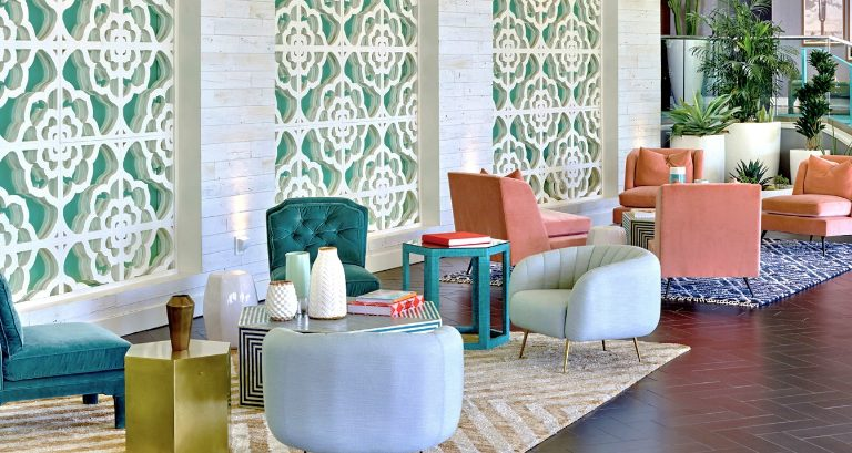 Plan Your Mid-Century Vacations with this Palm Springs Hotel! palm springs hotel Plan Your Mid-Century Vacations with this Palm Springs Hotel! Plan Your Mid Century Vacations with this Palm Springs Hotel feat 768x409
