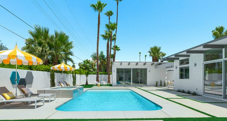 10 Mid-Century Modern Pool Ideas You Can Use in Your Summer Decor modern pool 8 Mid-Century Modern Pool Ideas You Can Use in Your Summer Decor 10 Mid Century Modern Pool Ideas You Can Use in Your Summer Decor feat 768x410