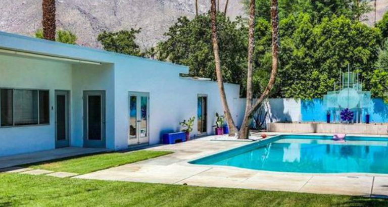 This Palm Springs' Mid-century Modern Home Is on the Market! mid-century modern home This Palm Springs' Mid-century Modern Home Is on the Market! This Palm Springs Mid century Modern Home Is on the Market 5 768x410