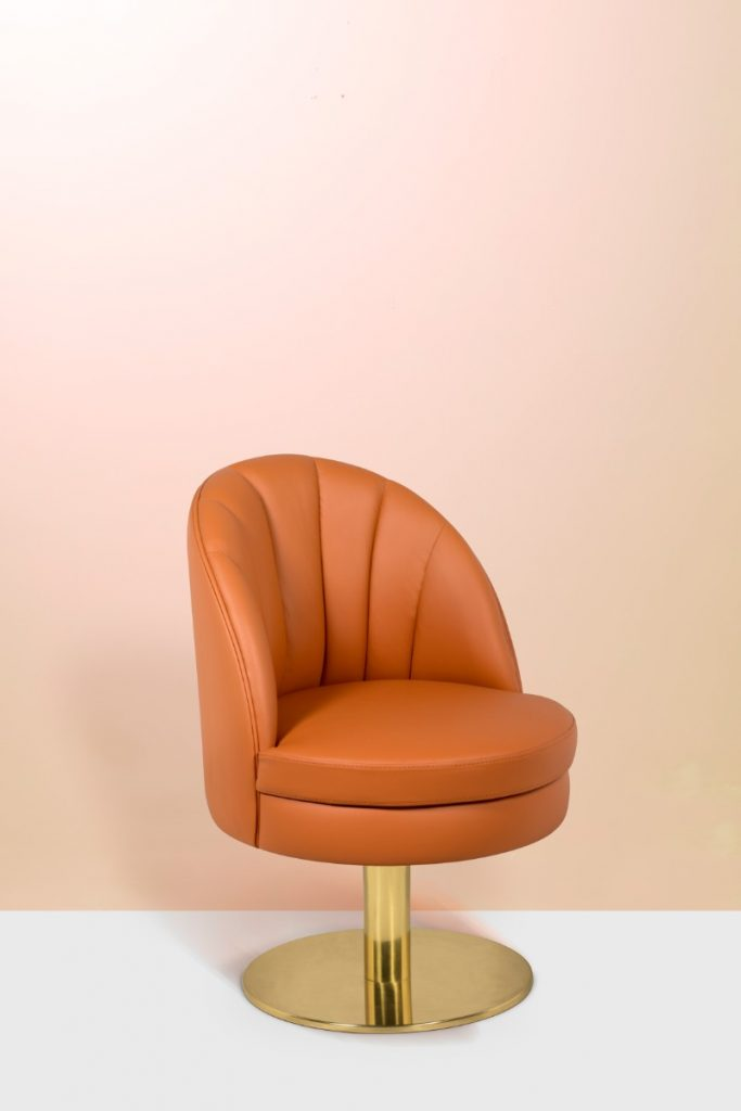 These Orange Dining Chairs Will Convince You to Go Mid-Century_1 orange dining chairs These Orange Dining Chairs Will Convince You To Go Mid-Century These Orange Dining Chairs Will Convince You to Go Mid Century 1 683x1024