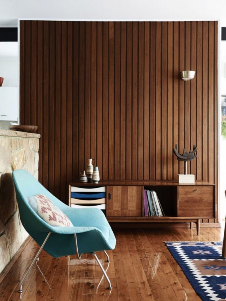 8 Essential Mid-Century Credenzas That Are A Must For Any Design Lover_3 mid-century credenzas 8 Essential Mid-Century Credenzas That Are A Must For Any Design Lover 8 Essential Mid Century Credenzas That Are A Must For Any Design Lover 3 768x1024