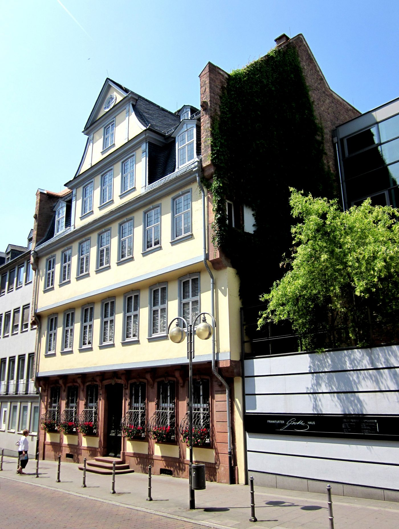 Frankfurt Travel Guide What To Visit During Light + Building 2020_4