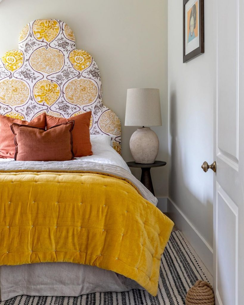 13 Yellow Bedrooms Perfect For A Happy Sunday Morning_9