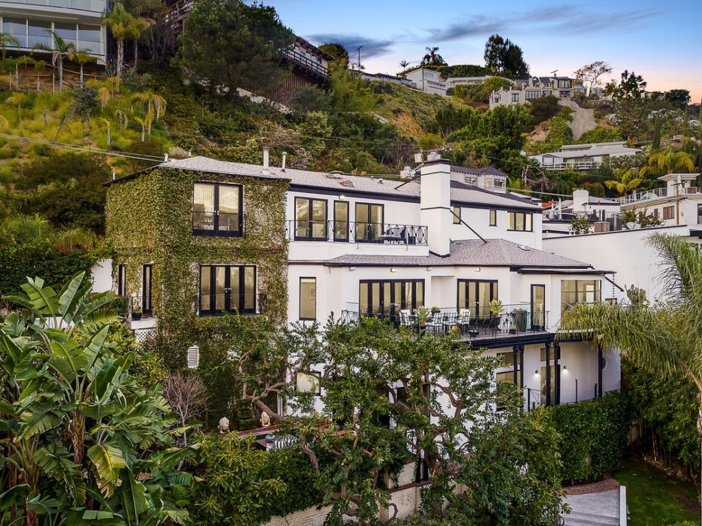 Celebrity Homes Judy Garland's Former Hollywood Glamour Home In L.A._1 celebrity homes Celebrity Homes: Judy Garland's Former Hollywood Glamour Home In L.A. Celebrity Homes Judy Garlands Former Hollywood Glamour Home In L