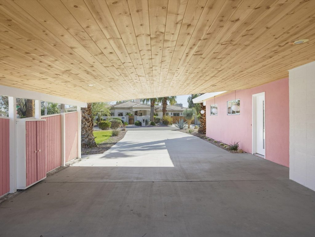 This Mid-Century Home In Palm Springs Listed For $600K Is A Looker!_2 mid-century home This Mid-Century Home In Palm Springs Listed For $600K Is A Looker! This Mid Century Home In Palm Springs Listed For 600K Is A Looker 2 1024x769
