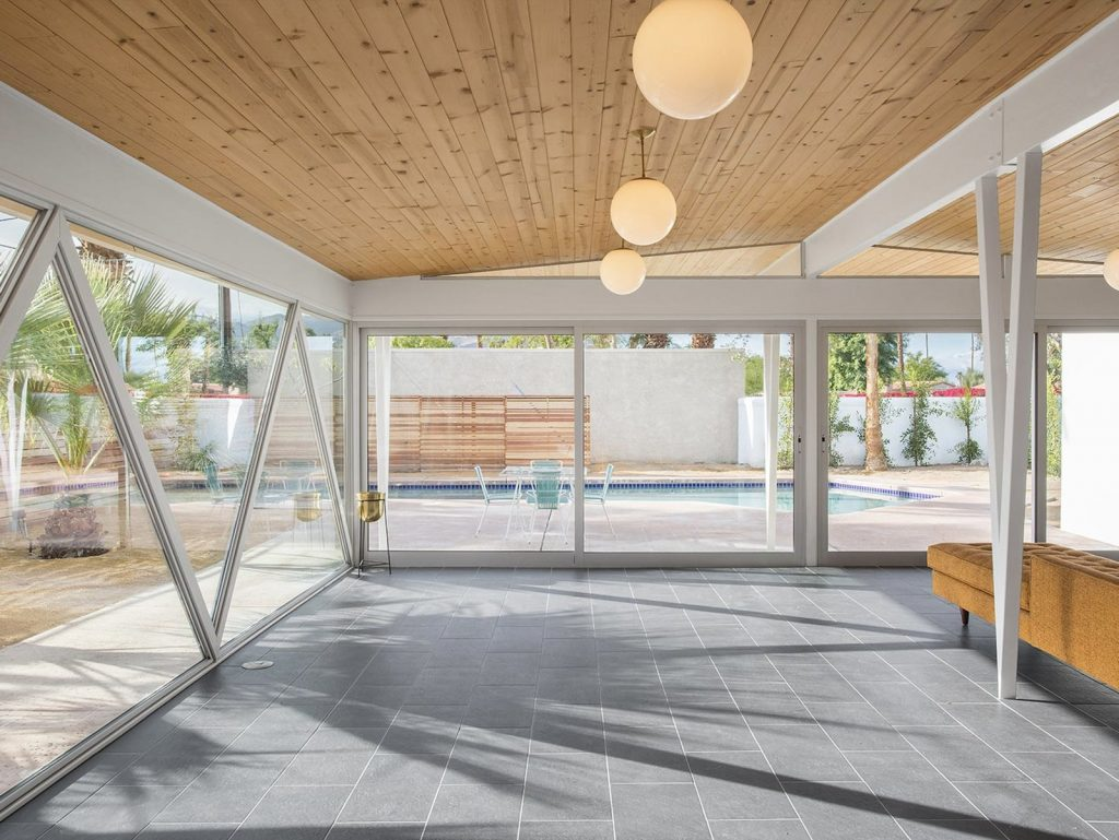 This Mid-Century Home In Palm Springs Listed For $600K Is A Looker!_7 mid-century home This Mid-Century Home In Palm Springs Listed For $600K Is A Looker! This Mid Century Home In Palm Springs Listed For 600K Is A Looker 7 1024x769