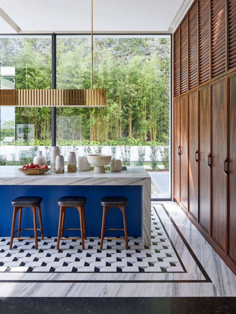 Humbert and Poyet Studio Designed A Beautiful Residence In The South Of France! humbert and poyet studio Humbert and Poyet Studio Designed A Beautiful Residence In The South Of France! Humbert and Poyet Studio Designed A Beautiful Residence In The South Of France 3 1 768x1024