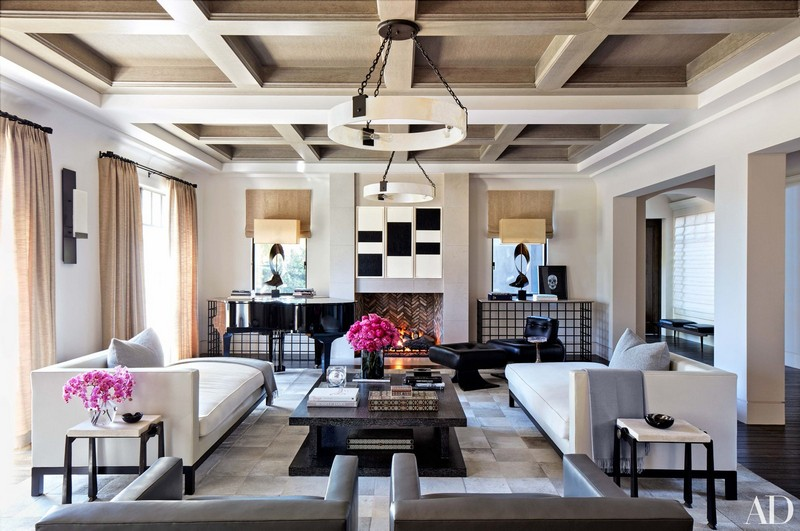 Khloé Kardashian Has Listed Her Luxurious and Famous Calabasas Home khloé kardashian Khloé Kardashian Has Listed Her Luxurious and Famous Calabasas Home Khlo   Kardashian Has Listed Her Luxurious and Famous Calabasas Home 3