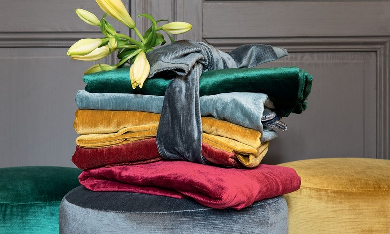 ÉLITIS Luxury Fabrics Were The Top Choice For The Newest Designer's Collections luxury fabrics ÉLITIS Luxury Fabrics Were The Top Choice For The Newest Designer's Collections   LITIS Luxury Fabrics Were The Top Choice For The Newest Designers Collections 5