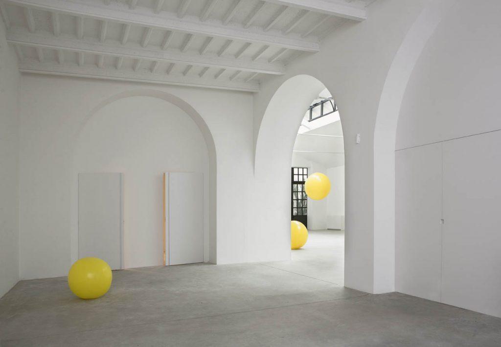 AIM Studio Showcasing Minimalism As A Staple Of Luxury Design_3