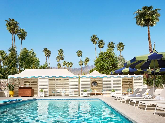 The Splashy Parker Palm Springs Hotel Designed by Jonathan Adler_13