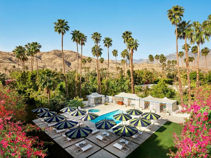 The Splashy Parker Palm Springs Hotel Designed by Jonathan Adler_14