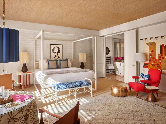 The Splashy Parker Palm Springs Hotel Designed by Jonathan Adler_6