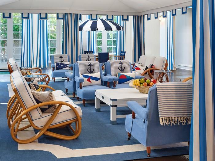 The Splashy Parker Palm Springs Hotel Designed by Jonathan Adler_7