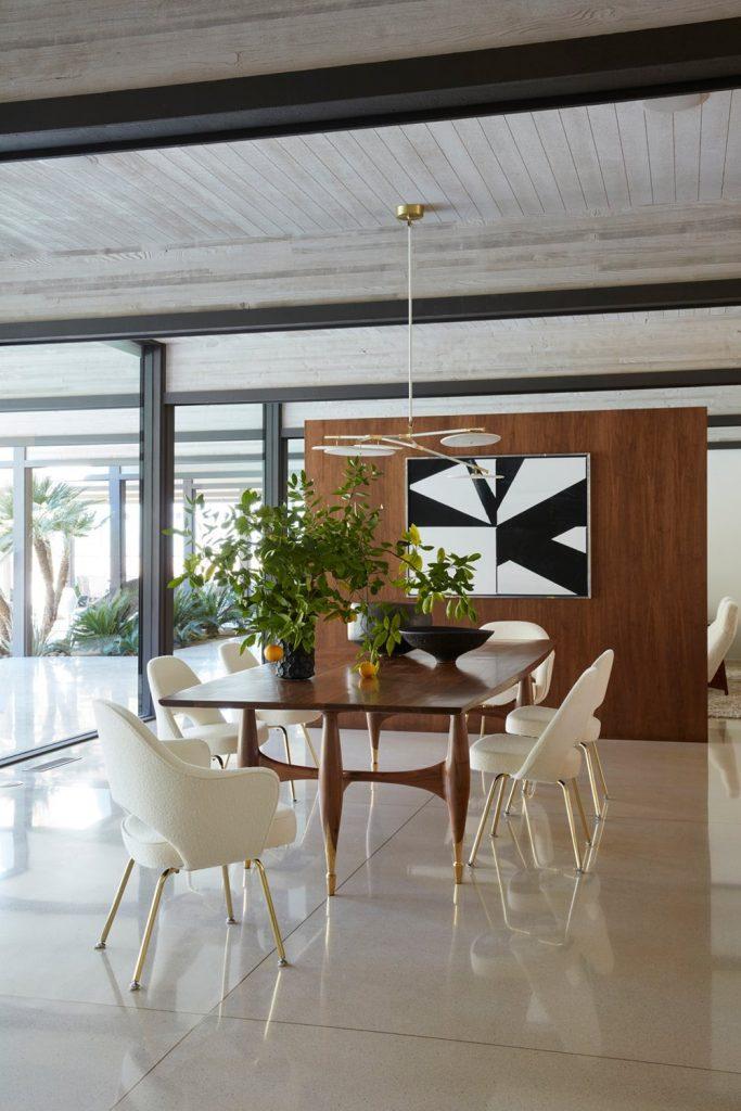 Marmol Radziner Best Luxury Dining Room Projects We've Seen_3