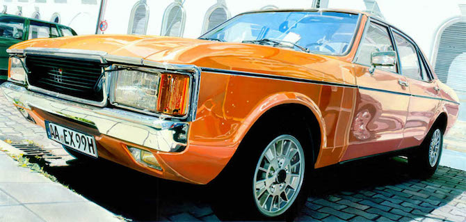 cars Top 10 retro cars paintings Andreas Maul and his Realistic Painting ford granada