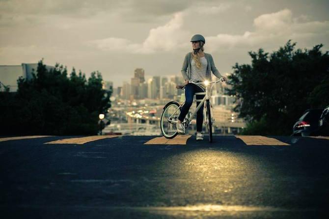 Give a Retro Look to a Modern Eletric Bike_n retro look Give a Retro Look to a Modern Electric Bike Give a Retro Look to a Modern Eletric Bike n