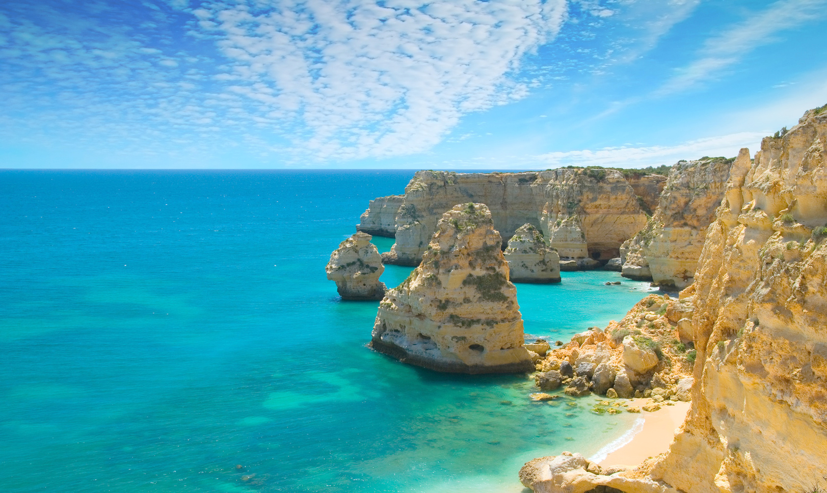 Vogue travel Portugal - Algarve portugal Reasons by Vogue: Why everyone is going to Portugal this year Vogue travel Portugal Algarve