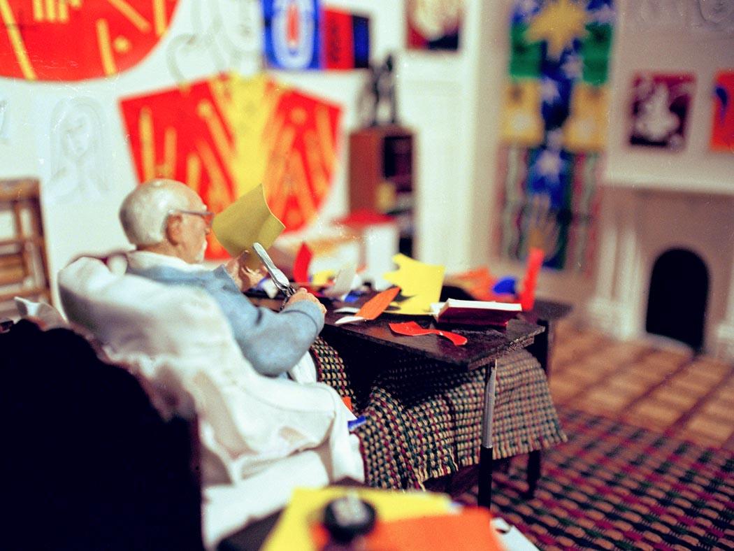 Joe Fig creates hyper realistic sculptures Joe Fig Joe Fig creates hyper realistic sculptures of famous artists Joe Fig creates hyper realistic sculptures 5