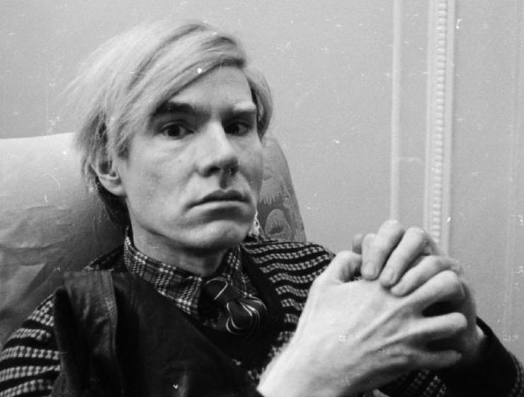andy warhol, pop art, andy warhol art, andy warhol artwork, andy warhol pop art, pop art movement andy warhol Andy Warhol: The Pioneer Of Pop Art And An Inspiration To All Andy Warhol The Pioneer Of Pop Art And An Inspiration To All feat 740x560