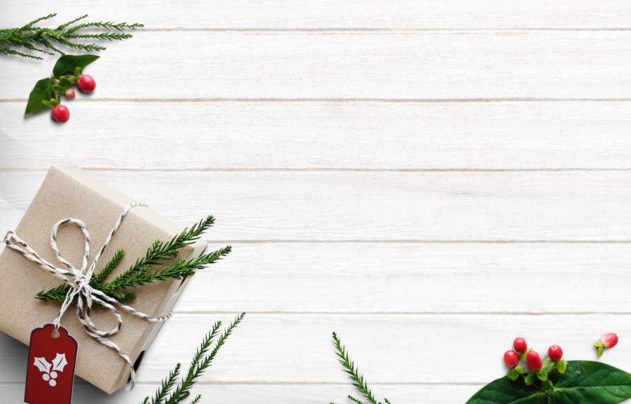 Our Mid-Century Christmas List To Santa! mid-century christmas Our Mid-Century Christmas List To Santa! Our Mid Century Christmas List To Santa feat 900x576  Homepage Our Mid Century Christmas List To Santa feat 900x576