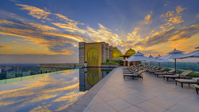 luxury hotels in india Top Luxury Hotels In India For A Stunning Getaway 008716 06 Hi DELLP 81356194 Temperature Controlled Rooftop Swimming Pool