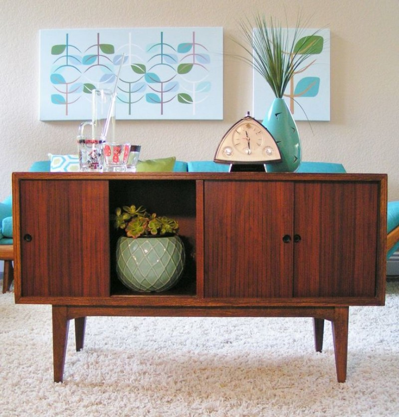 Mid-Century Sideboards A Must-Have for Every Interior Design Lover_1 mid-century sideboards Mid-Century Sideboards: A Must-Have for Every Interior Design Lover Mid Century Sideboards A Must Have for Every Interior Design Lover 1
