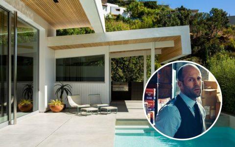 Inside Jason Statham's Amazing Mid-Century Modern Home jason statham Get Inside Jason Statham's Amazing Mid-Century Modern Home Design sem nome 3 480x300