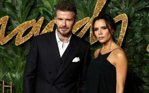 Victoria and David Beckham's New Home Is In A Zaha Hadid Modern Building 😍 victoria and david beckham Victoria and David Beckham's New Home Is In A Zaha Hadid Modern Building 😍 Victoria and David Beckhams New Home Is In A Zaha Hadid Modern Building      capa 480x300