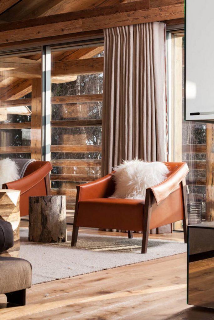 3 Outstanding Luxury Chalet Projects By Laughland Jones Design Studio laughland jones 3 Outstanding Luxury Chalet Projects By Laughland Jones Design Studio 3 Outstanding Luxury Chalet Projects By Laughland Jones Design Studio 3 683x1024