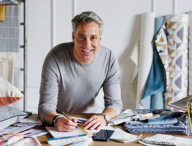 Be Inspired By Thom Filicia's Sophisticated Living Room Ideas And Start Creating! thom filicia Be Inspired By Thom Filicia's Sophisticated Living Room Ideas And Start Creating! Be Inspired By Thom Filicias Sophisticated Living Room Ideas And Start Creating capa 2 740x560