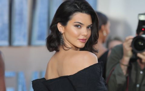 Step Inside Kendall Jenner's LA Home And See How You Can Steal The Look! kendall jenner Step Inside Kendall Jenner's LA Home And See How You Can Steal The Look! Step Inside Kendal Jenners LA Home And See How You Can Steal The Look capa 480x300