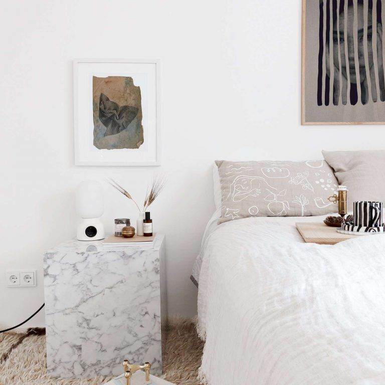 7 Nightstands To Perfect Your Bedroom Decor_1 bedroom decor 7 Nightstands To Perfect Your Bedroom Decor 7 Nightstands To Perfect Your Bedroom Decor 1