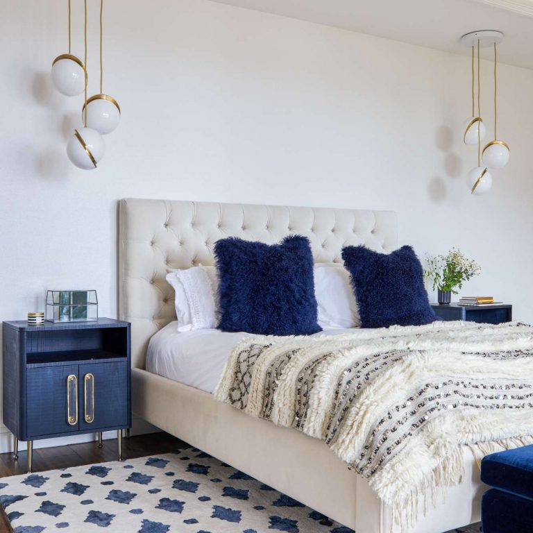 7 Nightstands To Perfect Your Bedroom Decor_5 bedroom decor 7 Nightstands To Perfect Your Bedroom Decor 7 Nightstands To Perfect Your Bedroom Decor 5