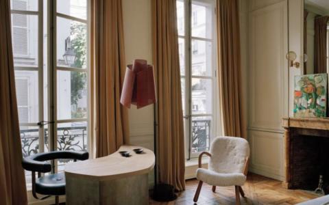 Pierre Yovanovitch Invites You Inside His Parisian Apartment pierre yovanovitch Pierre Yovanovitch Invites You Inside His Parisian Apartment INSPIRATIONS Pierre Yovanovitch Invites You Inside His Parisian Apartment  480x300
