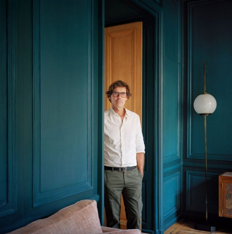 Pierre Yovanovitch Invites You Inside His Parisian Apartment_2 pierre yovanovitch Pierre Yovanovitch Invites You Inside His Parisian Apartment Pierre Yovanovitch Invites You Inside His Parisian Apartment 2