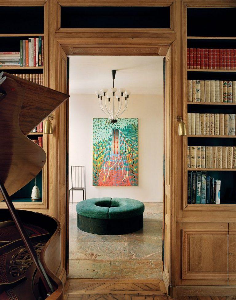 pierre yovanovitch Pierre Yovanovitch Invites You Inside His Parisian Apartment Pierre Yovanovitch Invites You Inside His Parisian Apartment 6