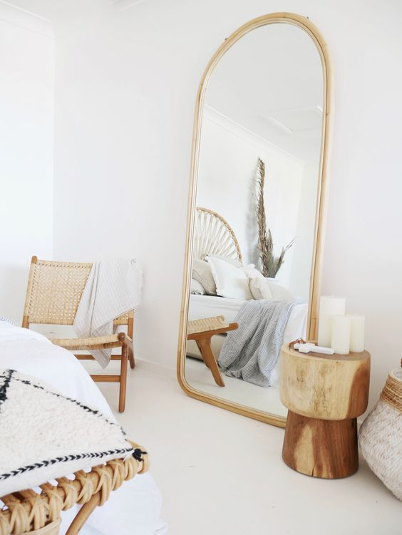 6 Beautiful Ways To Use Statement Mirrors In Your Home_3 statement mirrors 6 Beautiful Ways To Use Statement Mirrors In Your Home 6 Beautiful Ways To Use Statement Mirrors In Your Home 3